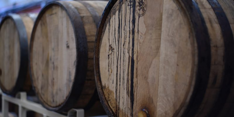 barrels-beer-close-up-1267359
